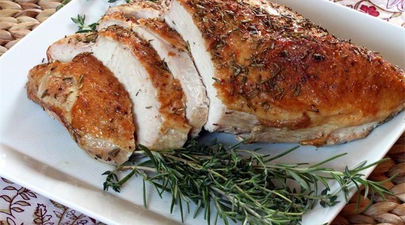 Куриная грудка запеченная: сколько калорий?