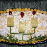 Салат с ананасами, курицей и кукурузой фото