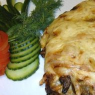 Мясо по-французски в духовке рецепт с фото из свинины с помидорами