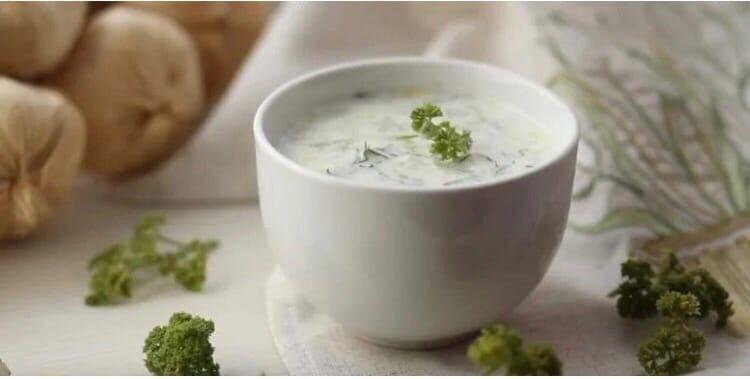 Соус с йогуртом и чесноком